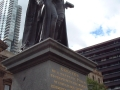 statue-state-library-melbourne-003