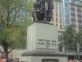 statue-swanston-st-001